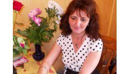 """Read more: Lansare carte la Mioveni - """"Din petalele sufletului meu"""", de Valentina Geambașu"""