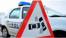 Read more: Accident la Mioveni. Un maxi-taxi s-a oprit într-o Dacia 1310