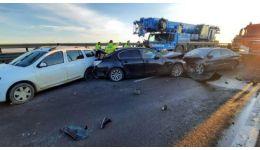 Read more: VIDEO. Carambol cu 10 mașini, pe A1. Victimele au răni ușoare, dar mașinile sunt praf!