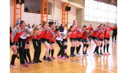 Read more: CS Dacia Mioveni 2012 dă strigarea! Suporterii echipei de handbal, chemați la meciul cu Rapid București. Fetele au nevoie de susținere!!!