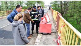 Read more: ATENȚIE ȘOFERI! Traficul pe Podul din Racovița, pe DN73D, limitat vehiculelor mai grele de 7,5 tone