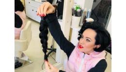 Read more: Deputata Simona Bucura Oprescu și-a donat părul. Ce scrisoare le-a scris prietenilor