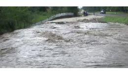 Read more: Alertă. Zone inundate în Vâlcea. Reacția Prefecturii