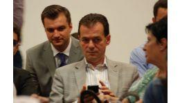 Read more: Declaraţia lui Orban despre decizia CCR, primită pe telefonul mobil