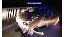 Read more: A fugit de polițiști și a lovit un cap de pod, distrugându-și mașina