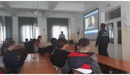 Read more: Polițiștii vâlceni au discutat cu elevii despre prevenirea și combaterea violenței în școli