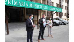 Read more: Noul sediu al administraţiei Municipale, expresie a respectului edilului Mircia Gutău pentru cetățenii Râmnicului