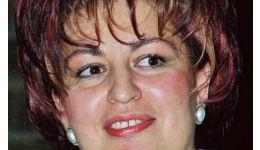 Read more: Culmea cosmeticii. Cristina Diculescu se dă cu crema care face obrazul de porc