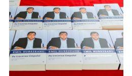 """Read more: Emil Hurezeanu vine la Biblioteca Județeană! Lansarea cărții """"Pe trecerea timpului"""""""