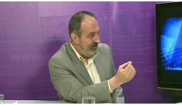 Read more: Ziaristul Petre Tănăsoaica se dovedeşte iarăşi greşit informat (de data asta în privinţa preşedintelui CJ Vâlcea Costi Rădulescu)