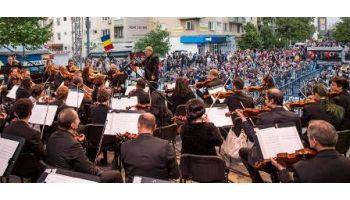 f_350_200_16777215_00_images_Filarmonica_Pitesti_in_Piata_Primariei.jpg