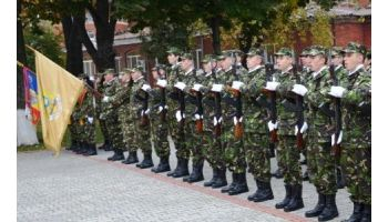 f_350_200_16777215_00_images__2017_04aprilie_Absolventi-Acad-Militara.jpg