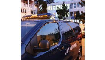 f_350_200_16777215_00_images__2017_04aprilie_Jandarmi-Liceu-Dacia-Pitesti.jpeg