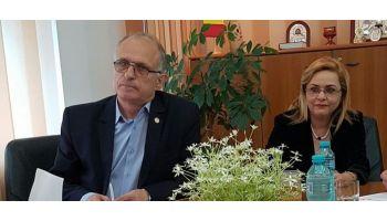 f_350_200_16777215_00_images_banner3_Cocos-Otesanu-parlamentari-vl.jpg