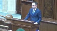 Bine face ministrul Bogdan Matei că nu îşi încarcă memoria cu date inutile