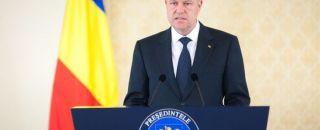Cum îi minte Iohannis pe români