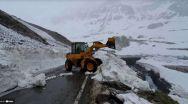 Zăpadă de 5 metri pe Transfăgărășan și Transalpina. Când se redeschid